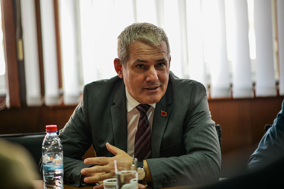 Validity  period of Kosovo citizens' identification cards and foreign citizens residence permits extended