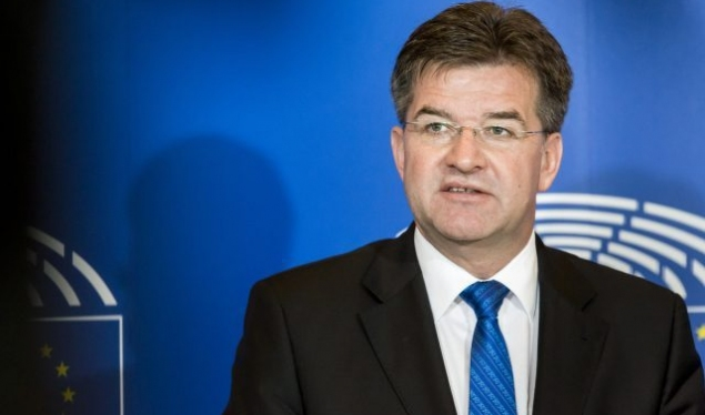Lajcak congratulates Hoti, expects cooperation for dialogue with Serbia