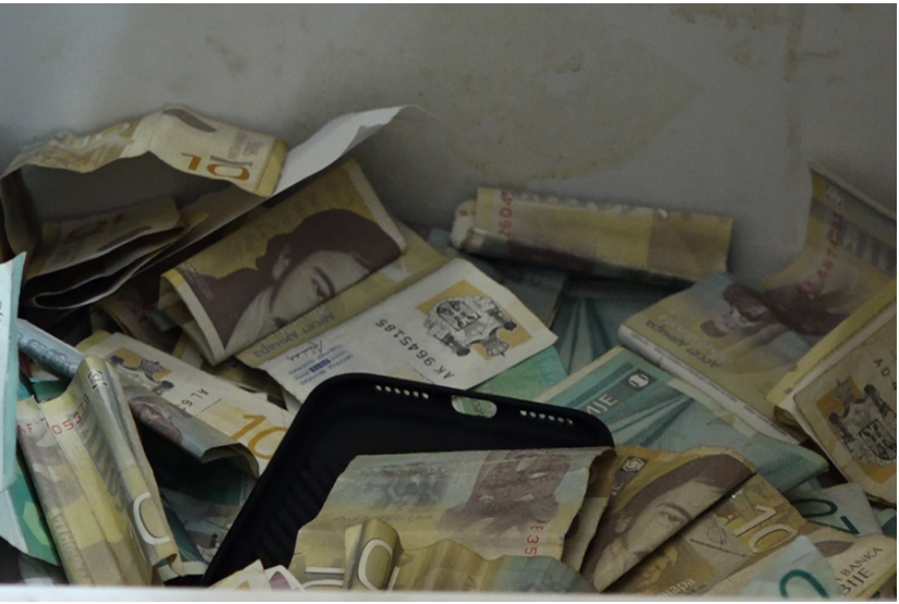 Kosovo loses millions of euros from the use of the Serbian dinar
