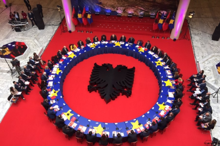 The government approves 15 cooperation agreements with Albania, the Office for the Valley is established