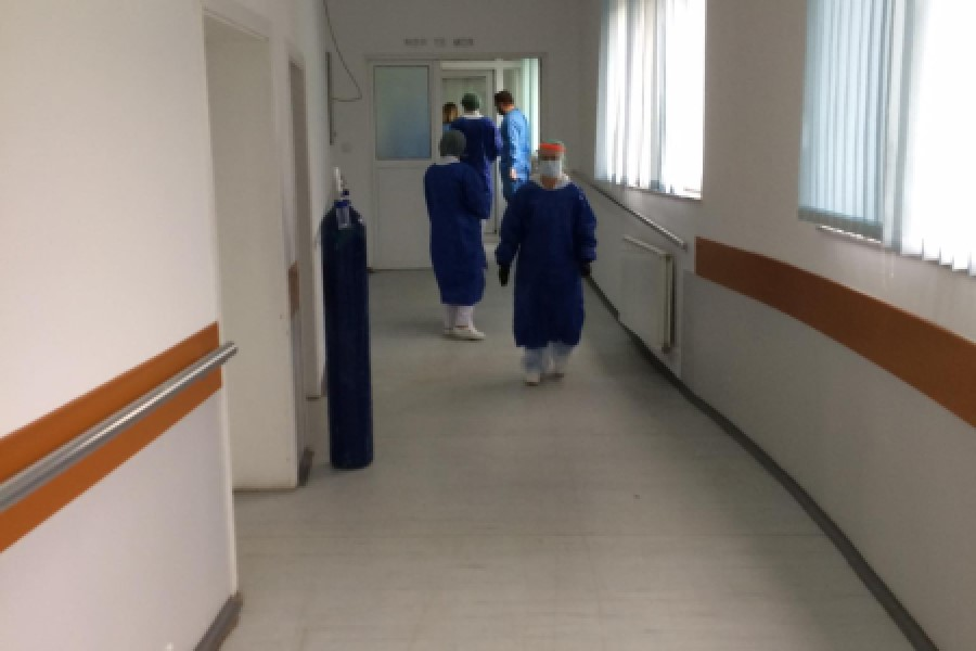 54 patients infected with COVID-19 are being treated in Peja Hospital, 7 in more serious condition