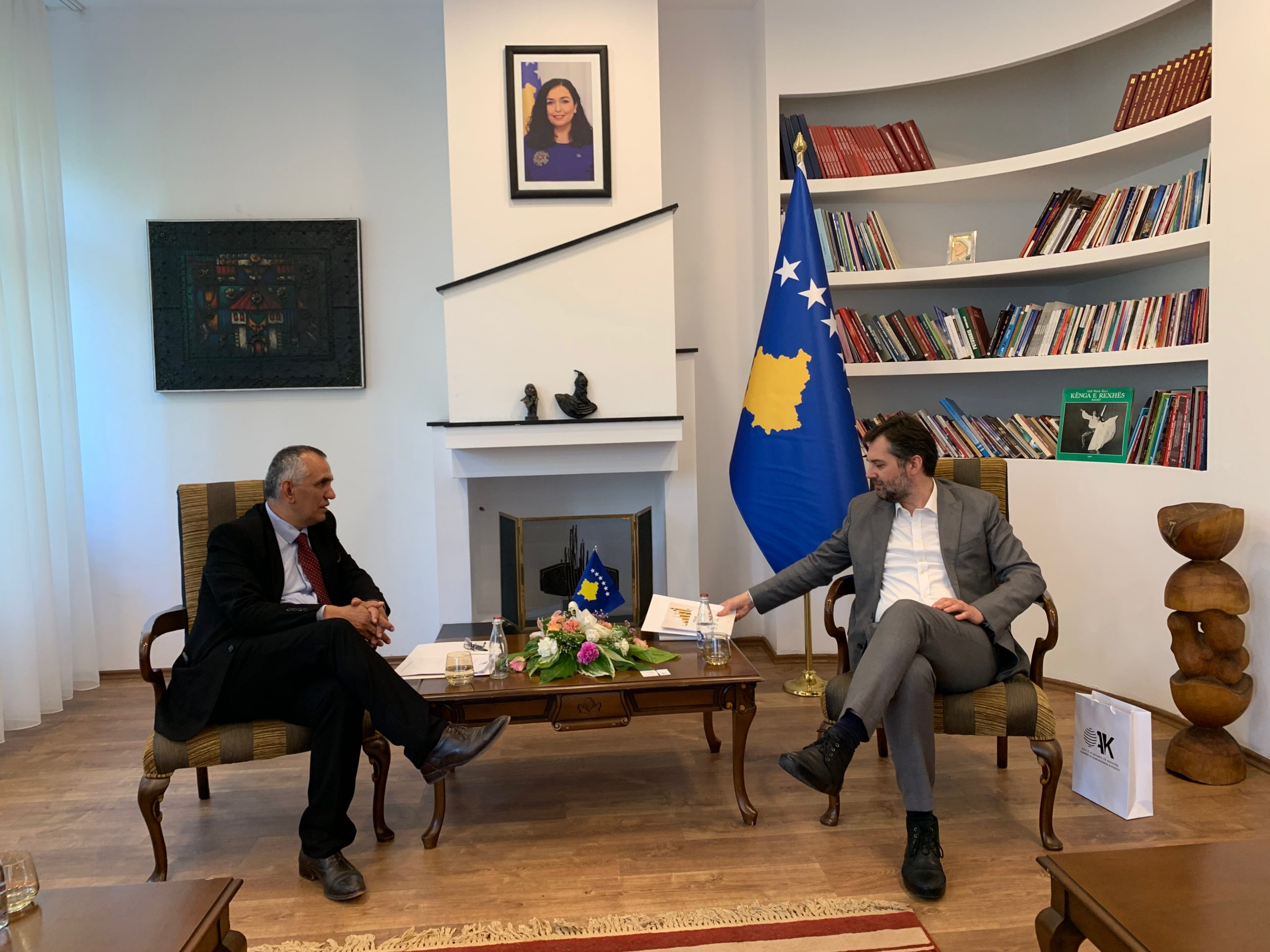 CDBK and Minister Çeku discuss the inclusion of the media in the Law on Sponsorship