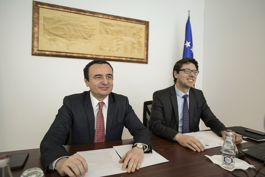Kosovo receives 40m euros from the EIB to support the private sector
