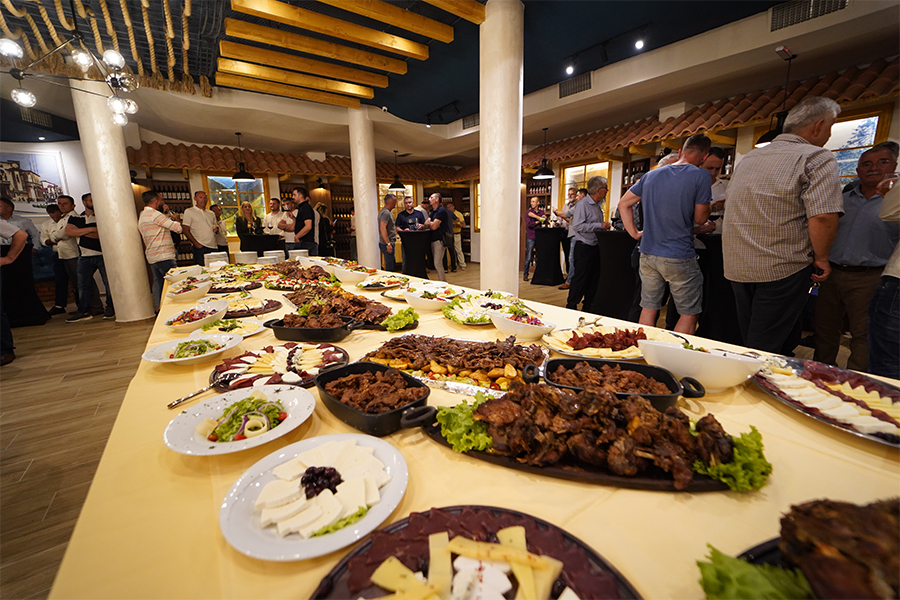 """""""Leka Steak House"""" opens, an international concept with local products"""