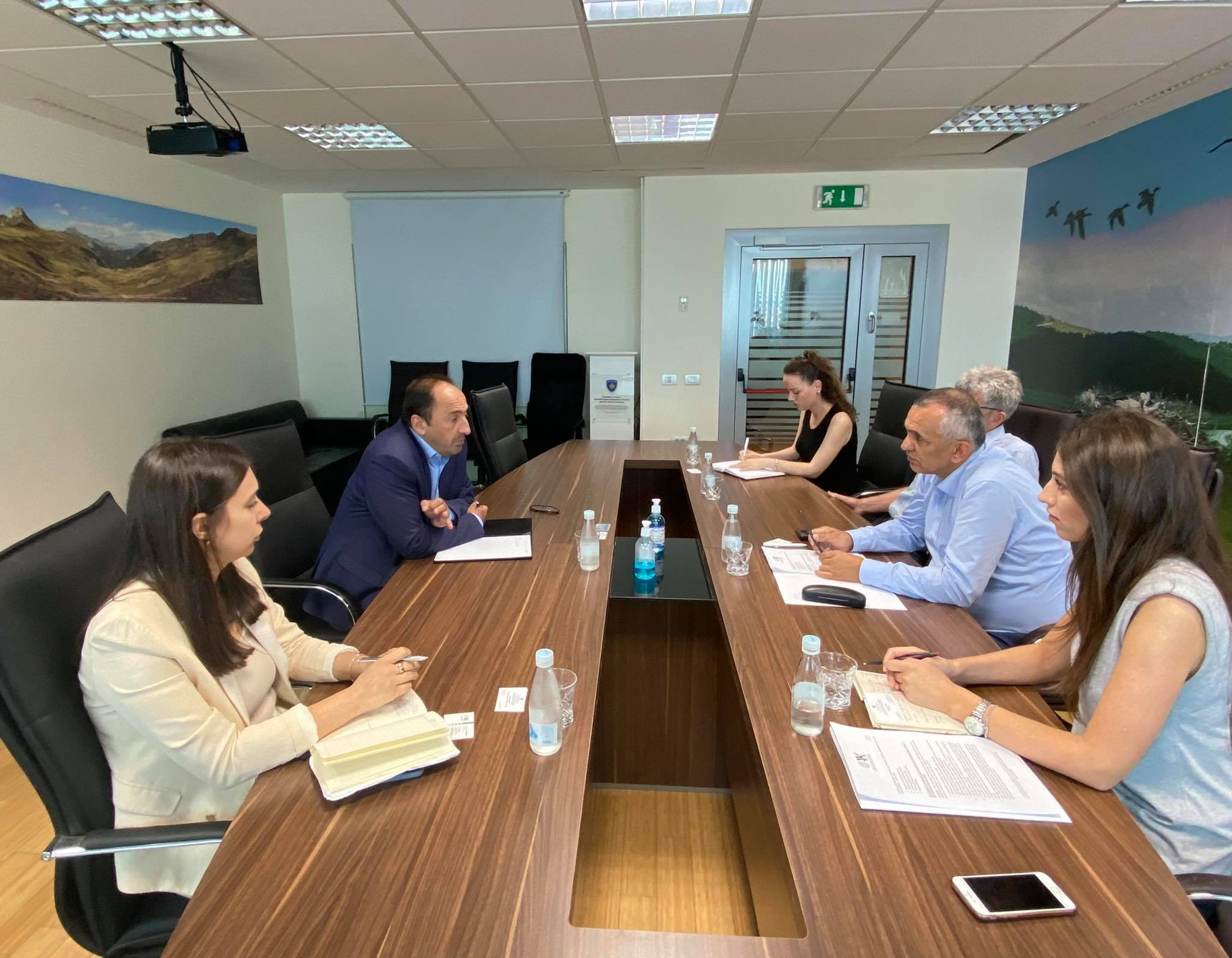 The CDBK discusses business problems with Minister Aliu