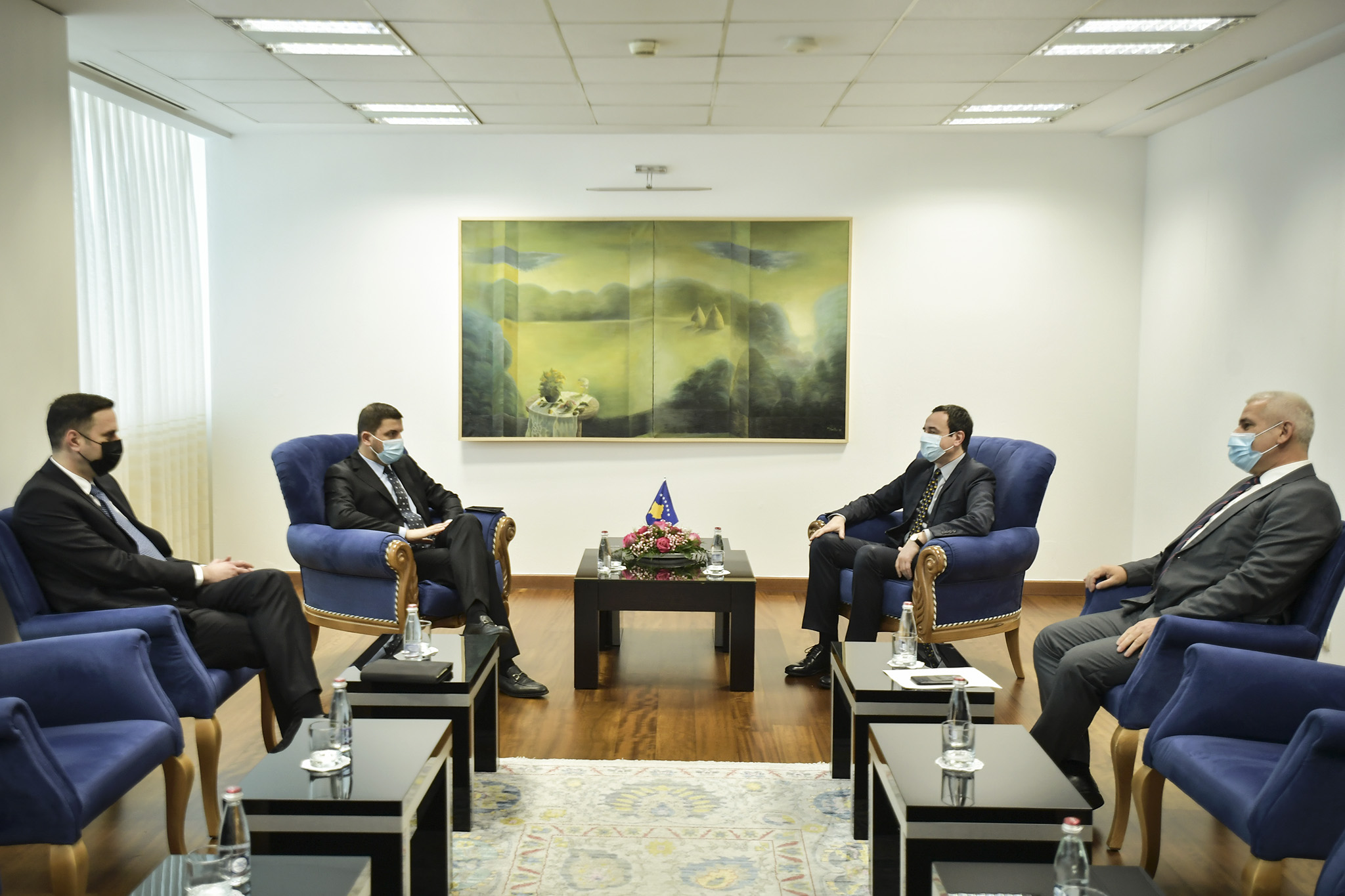 Krasniqi asks Kurti to coordinate with international partners to manage the situation in the north